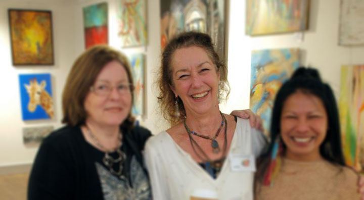 Photo of artist Libby North