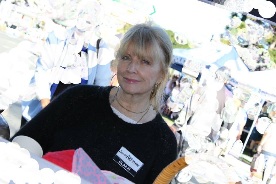 Artist Elaine Holmes